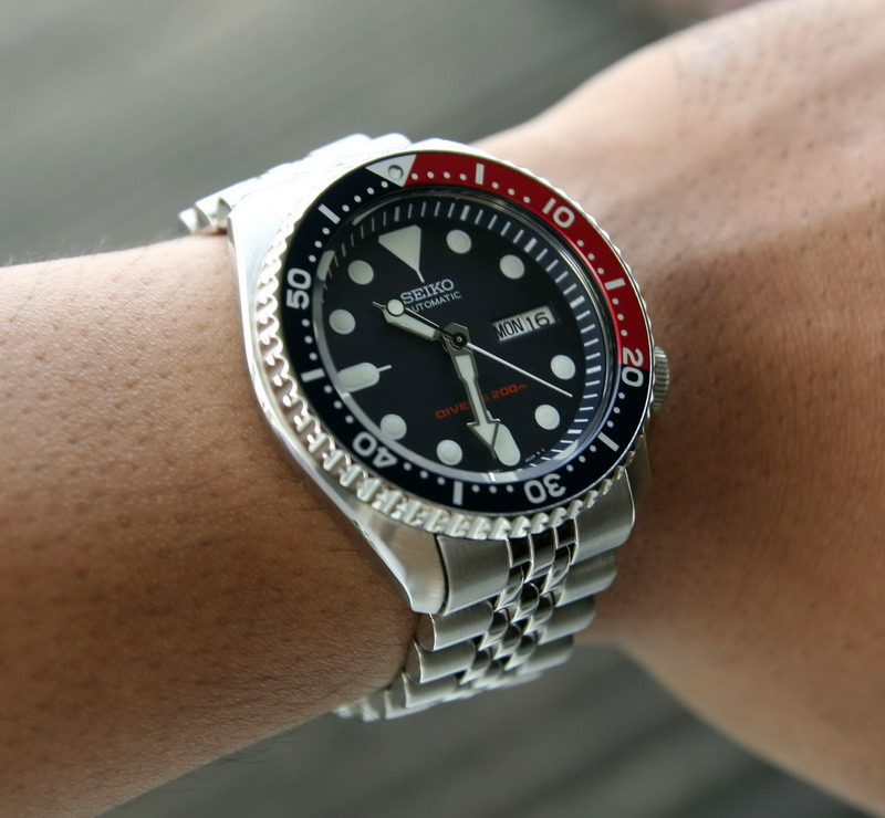 Name:  009 front on wrist_resize.jpg Views: 10996 Size:  124.7 KB
