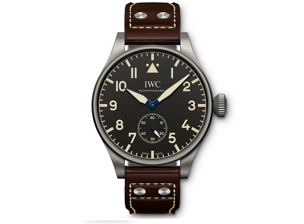 UNDATIERTES HANDOUT – The Big Pilot's Heritage Watch 55 (Ref. IW510401) from IWC Schaffhausen features a case in titanium, black dial and brown calfskin strap with a titanium pin buckle. The watch is limited to 100 pieces and available exclusively from selected IWC boutiques all over the world. (PHOTOPRESS/IWC)
