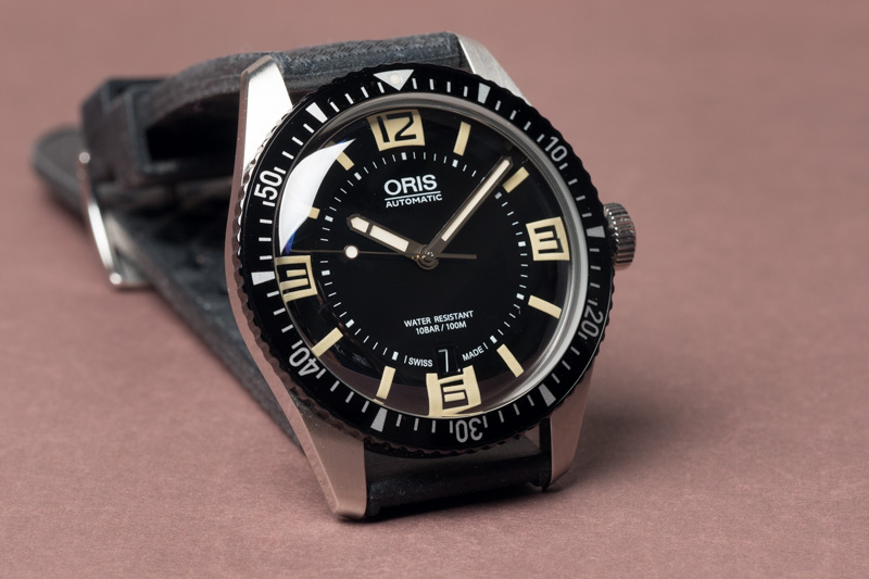 Review oris divers sixty five a new diver 39 s watch with - 40mm dive watch ...