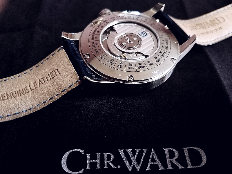 Name:  0506 - Christopher Ward Rear.jpg Views: 362 Size:  346.2 KB