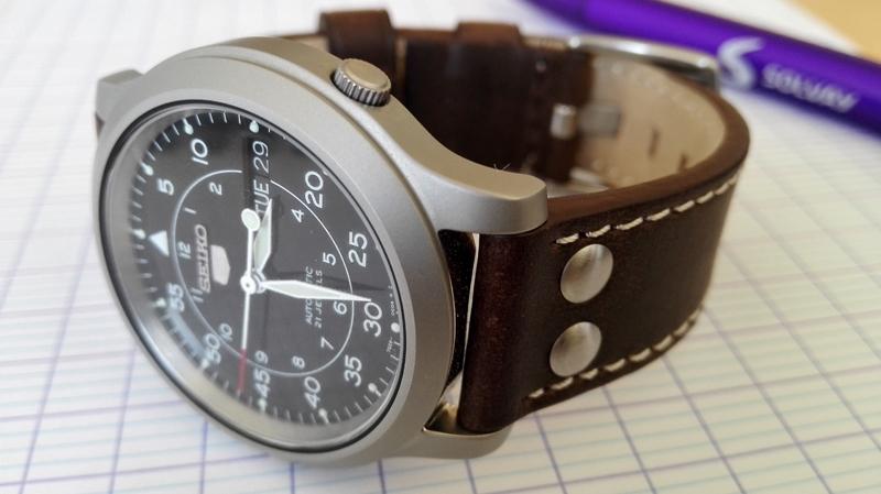 military - Bracelet cuir pour Seiko military petit poignet  Attachment