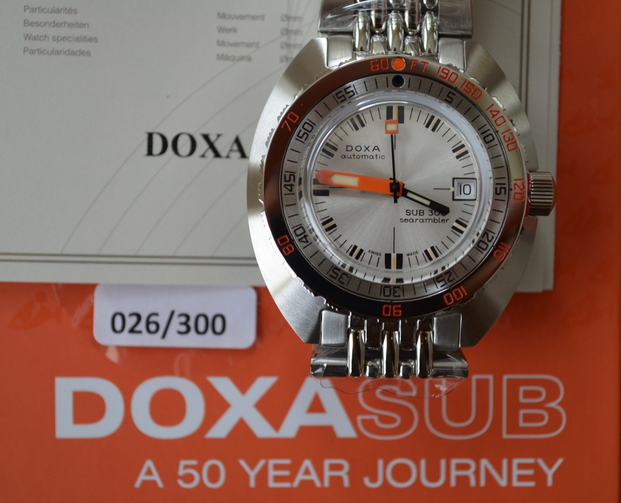 Name:  121208_Doxa_Sub_300_50th_26_300_2.jpg Views: 383 Size:  217.4 KB