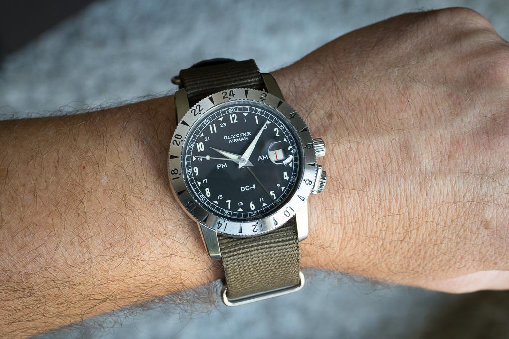 Military Time Clock >> Review: Glycine Airman DC 4 - watchuseek.com