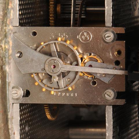 Horloge des Sous-Marins Russe et Soviétique  - Page 2 372978d1294933549-finally-real-soviet-submarine-clock-%96-only-one-i-have-ever-seen-1423m
