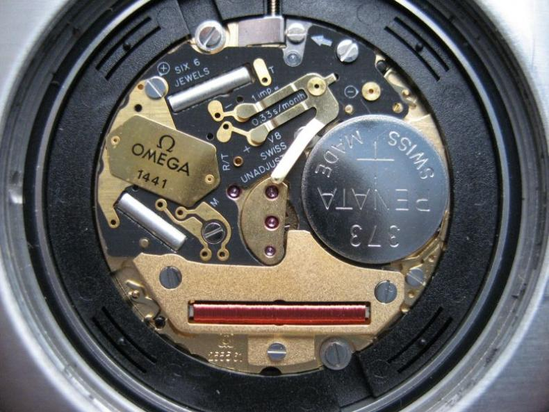 La bombe - Page 3 109950d1213126457-pictures-notable-heq-movements-watches-1441_close