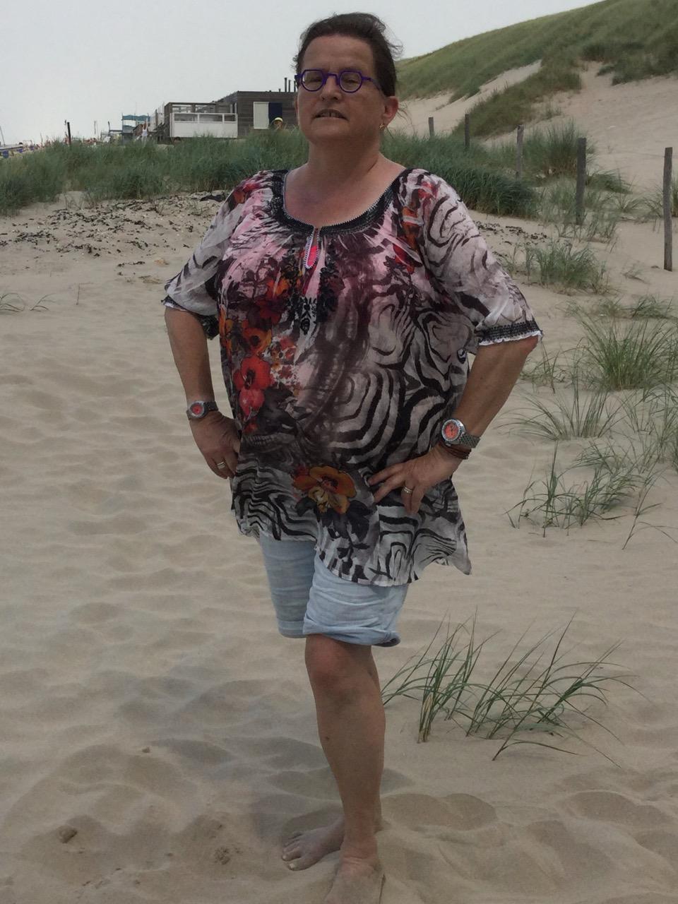 Name:  170719_Anneke_op_het_strand.jpg Views: 91 Size:  284.6 KB