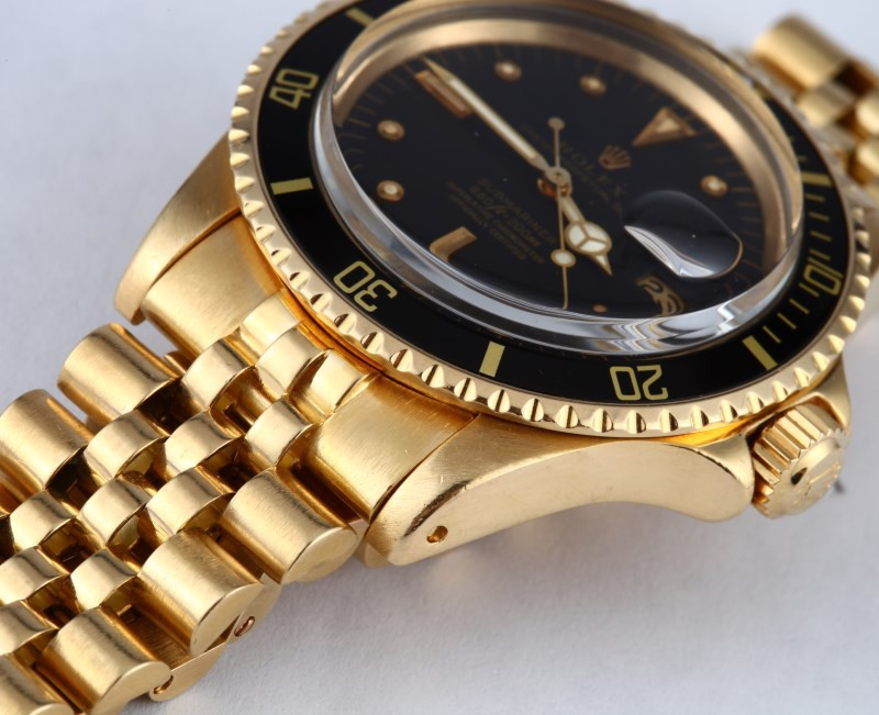 Name:  1968 Rolex Submariner 1680 18K Yellow Gold.jpg Views: 38 Size:  111.9 KB