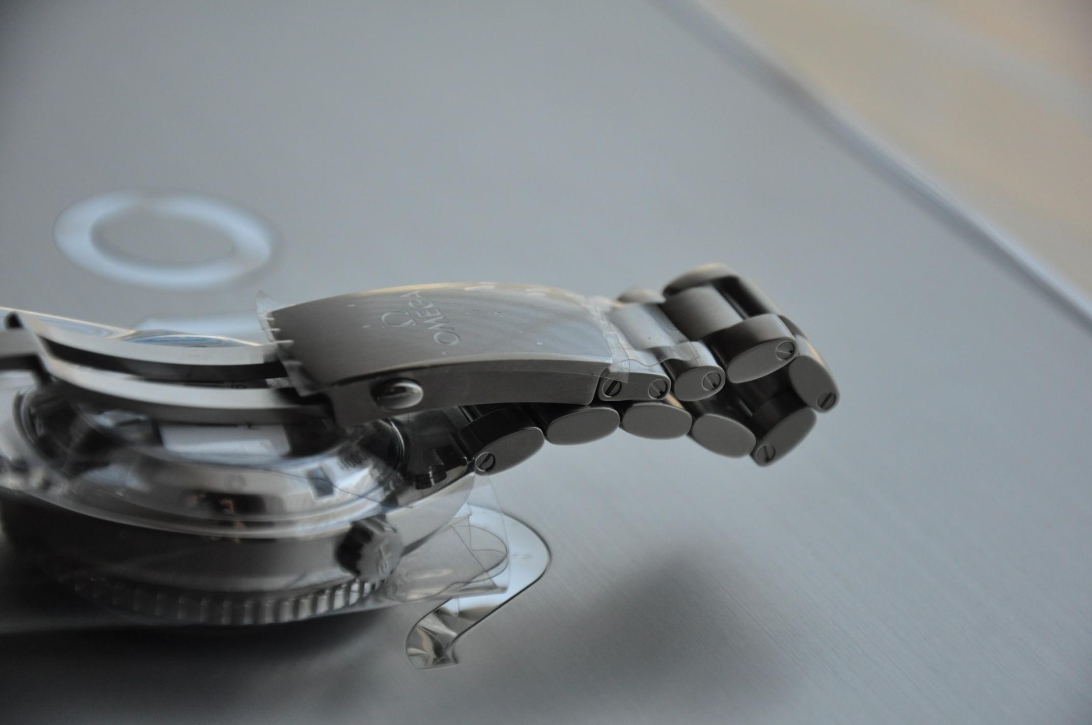 Quel est votre bracelet métal préféré (et pourquoi) ? 880600d1353351104-%2A%2A%2Asold%2A%2A%2A-%2Abrand-new-box%2A-8500-omega-planet-ocean-42mm-2-po8