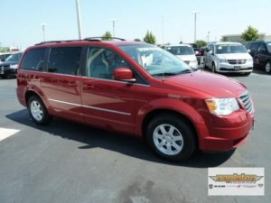 Name:  2010-Chrysler-Town-Country-300x225.jpg