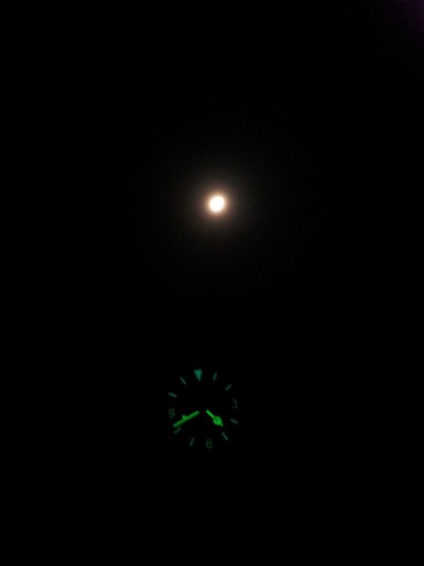 Name:  20120904_MKII+Moon.jpg Views: 800 Size:  58.9 KB