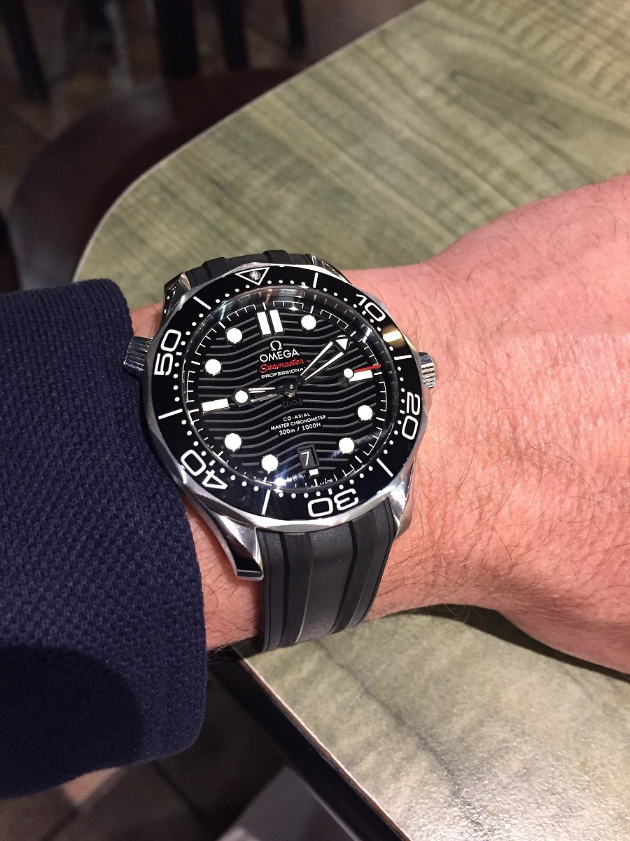 Name:  2019-03-07 Omega Seamaster 210.30.42.20.01.001 with rubber strap.JPG Views: 370 Size:  362.6 KB