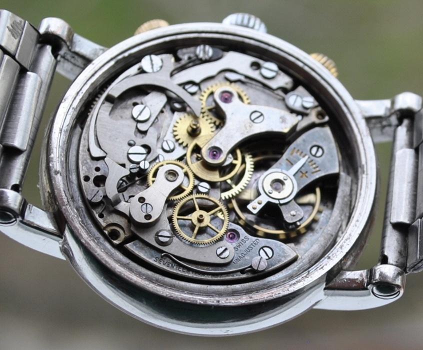 Name:  209876155_2_1000x700_ceas-landeron-mecanic-cronograf-fotografii.jpg Views: 128 Size:  210.0 KB