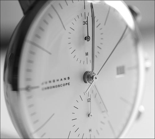 Vuestro favorito del día - Página 3 252675d1264855442-junghans-max-bill-chronoscope-3910039684_f478752209