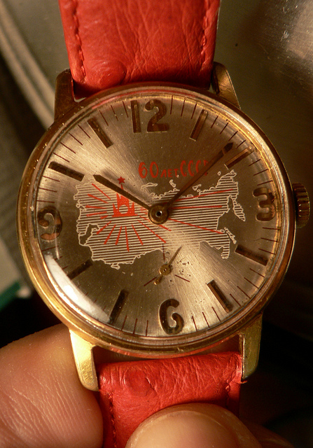 vostok rising sun red star CHIR - Page 5 512576d1315857761-breaking-rules-zim-6133025771_7033a1eff9_z