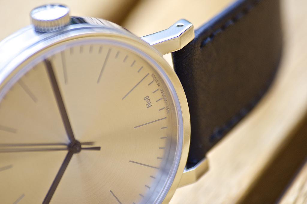 Feu de vos montres épurées !!! 1090363d1368982018-stowa-antea-390-inox-n%B08-25-7782964992_6c2cf34c47_b
