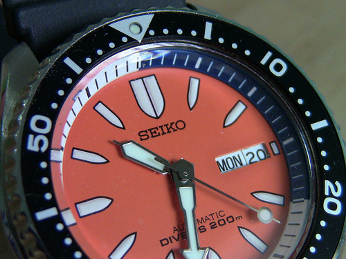 Seiko Diver 200 LA plongeuse! - Page 2 887349d1353981147-fs-5-nos-seiko-orange-bullets-skxa55-7s26b-200m-automatic-divers-rubber-bracelet-free-nato-8089498289_862b4aaa0a