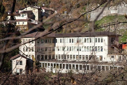 Name:  A. Manzoni & Fils factory in Lugano Switzerland.jpg Views: 882 Size:  60.9 KB