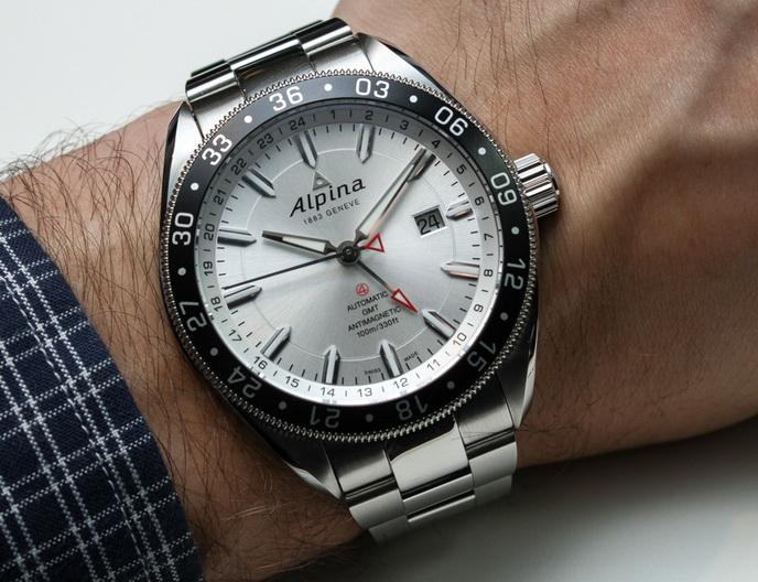 Name:  Alpina-Alpiner-4-GMT-2_resize.jpg Views: 701 Size:  170.0 KB