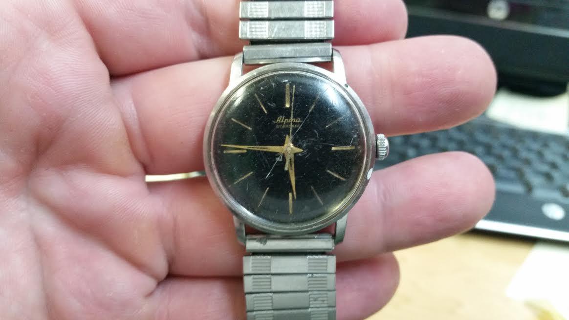 Name:  Alpina_Standard_watch.jpg Views: 503 Size:  53.3 KB
