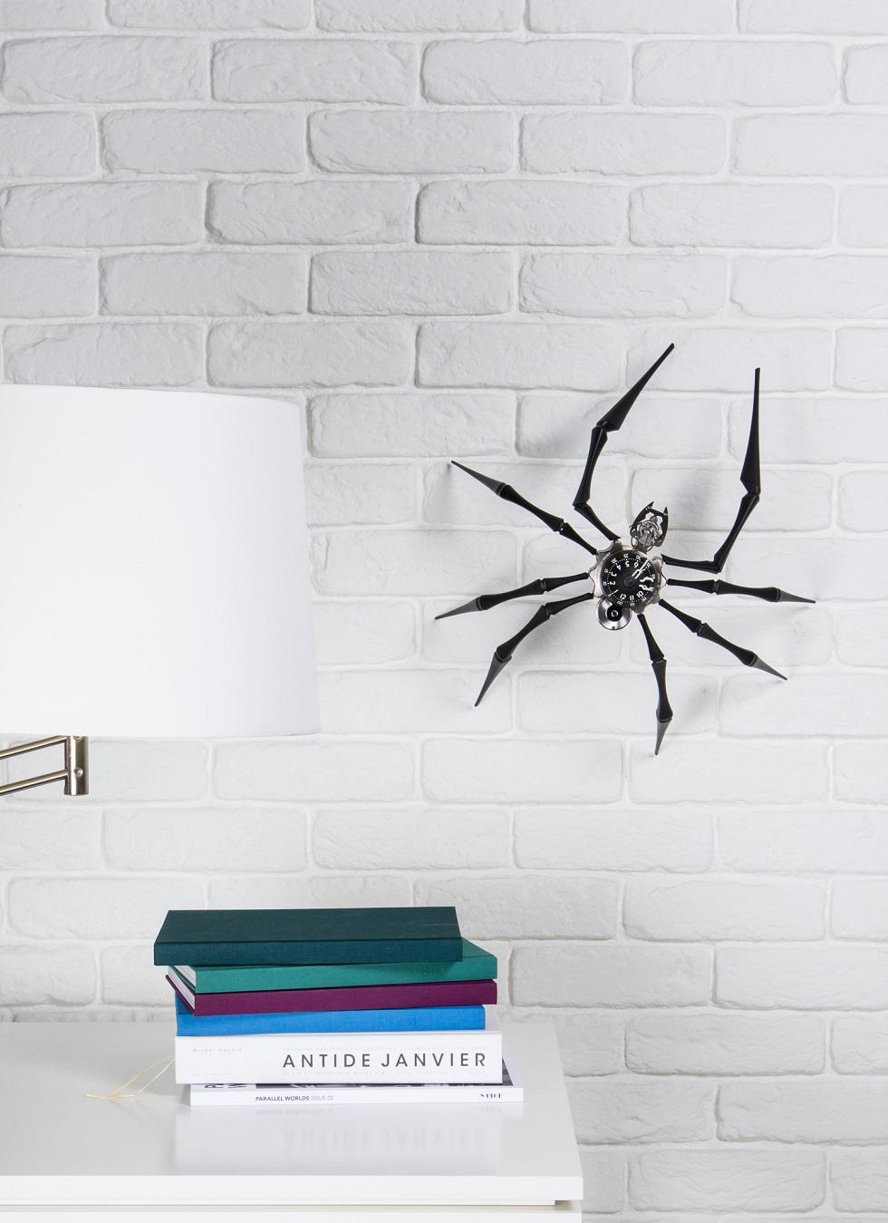 Arachnophobia-Insitu-2_Lres