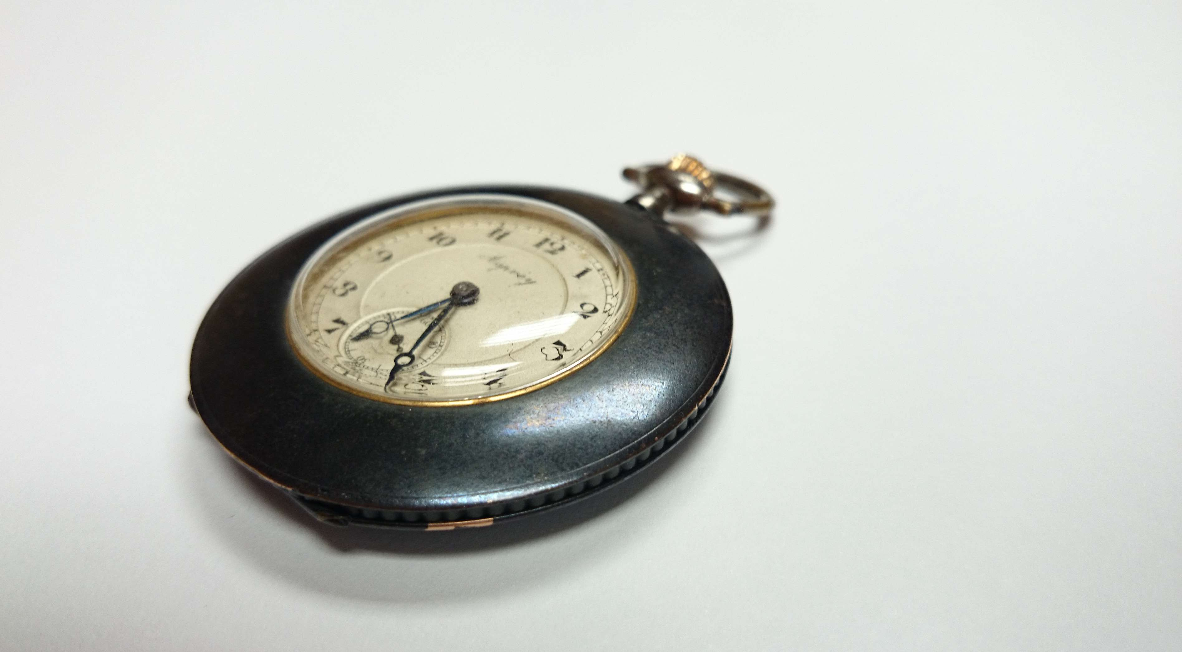 Name:  Asprey Pocket Watch Side Detail copy.jpg Views: 141 Size:  281.5 KB