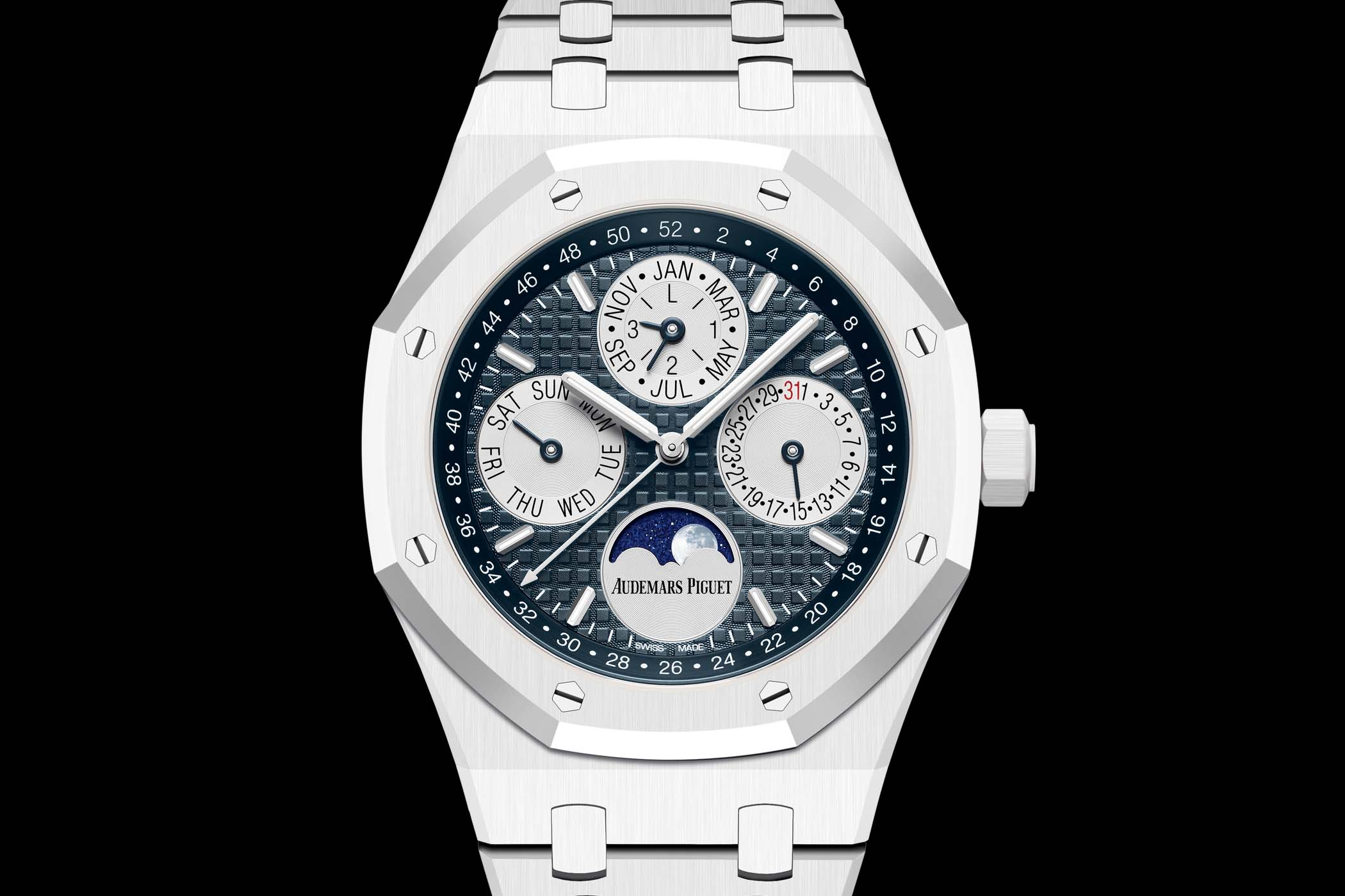 Name:  Audemars-Piguet-Royal-Oak-Perpetual-Calendar-White-Ceramic-26579CB.OO_.1225CB.01-4.jpg