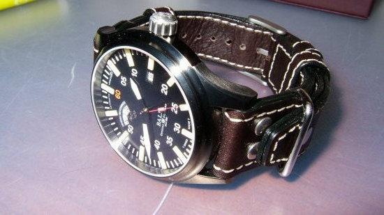 Cherche bracelet cuir 130030d1222314622-pick-strap-poll-ball-nt-di-modell-tornado