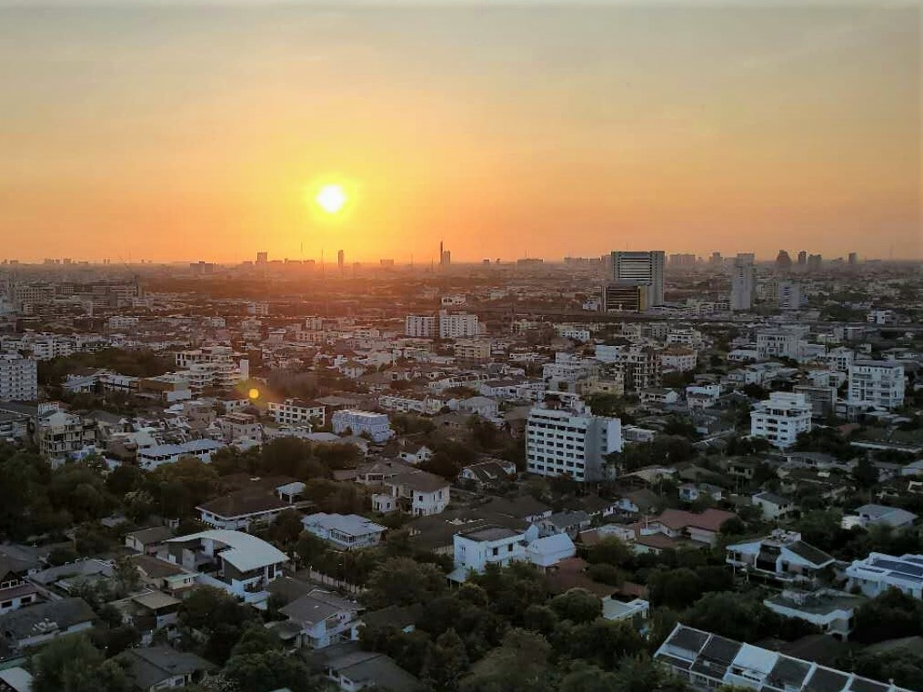 Name:  bangkoksun.jpg Views: 50 Size:  200.9 KB