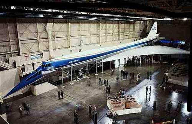Name:  Boeing 2707.jpg Views: 811 Size:  55.2 KB
