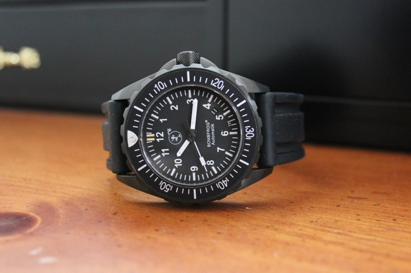Name:  Bombfrog BT25 Tactical diver on black rubber Panatime strap8.jpg