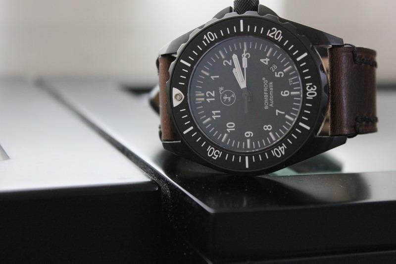 Name:  Bombfrog BT25 Tactical diver on Panatime Dark Brown Vintage Tobacco Genuine Distressed Leather W.jpg Views: 28 Size:  79.2 KB