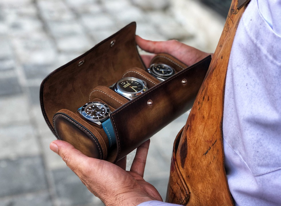 Bosphorus Leather makes fine handcrafted leather watch cases and trunks.