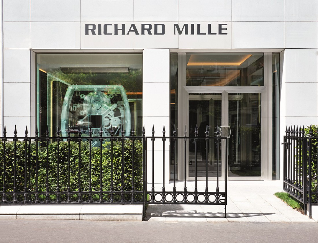 Name:  Boutique Paris c Jerome Bryon.jpg Views: 12 Size:  244.6 KB