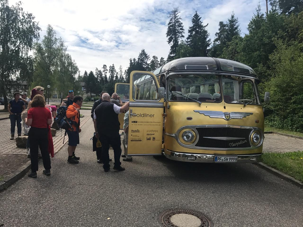 Golden Bus was an attraction in itself