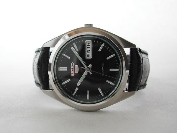 Quelle montre pour un cadeau de Noël bugdet 200€ 427423d1303787309-help-me-find-watch-designs-similar-tag-heuer-carrera-c737b768bc032610e9b879bf