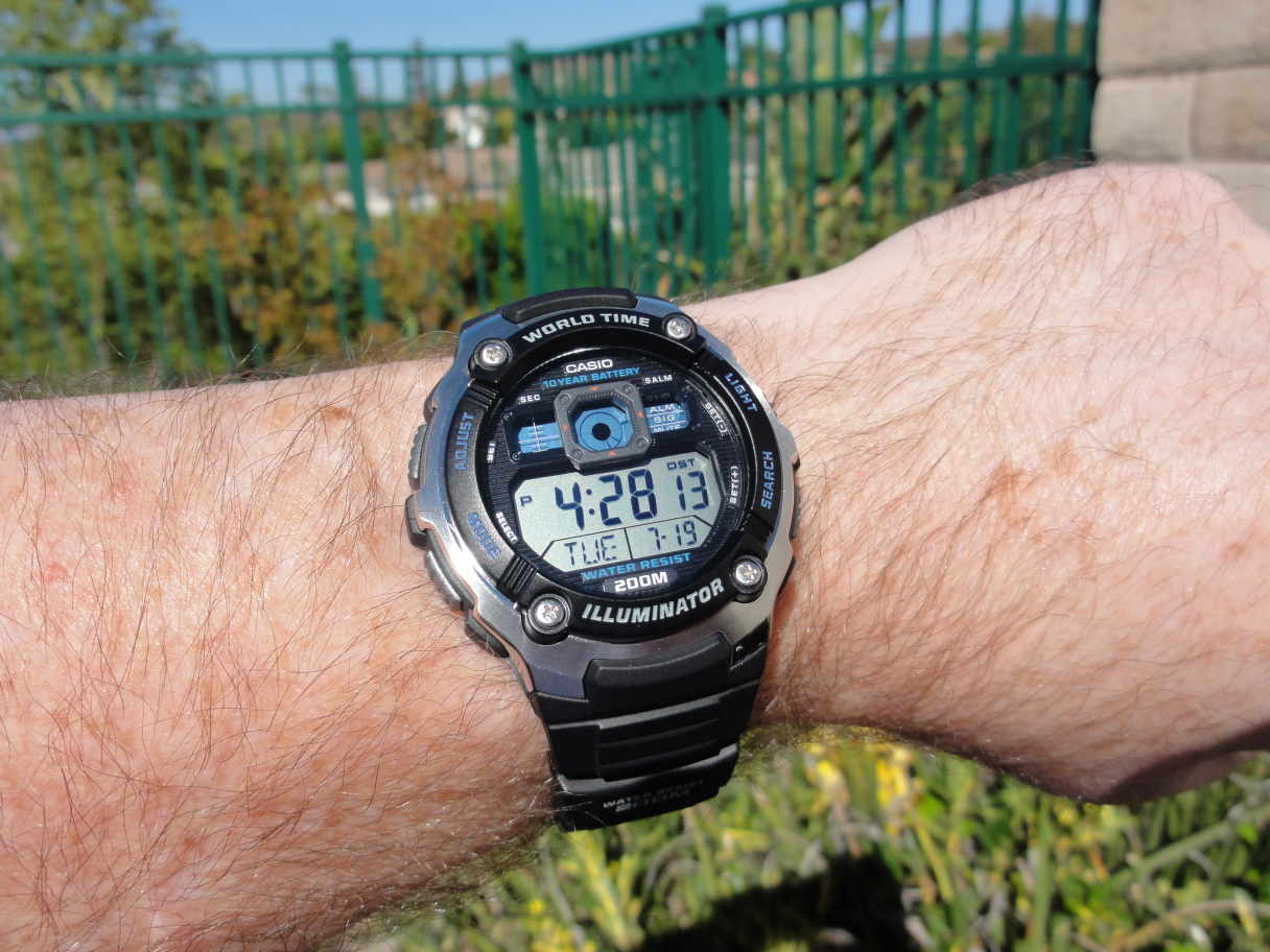 Name:  Casio AE-2000W-1AV (DSC00855).JPG