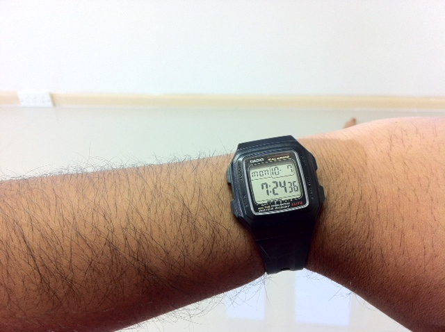 Name:  Casio F201WA-1A 2013.10.07.JPG