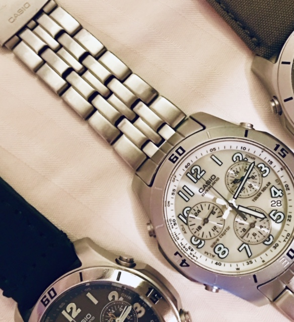 Name:  Casio Overland OVW600 white at angle.jpg