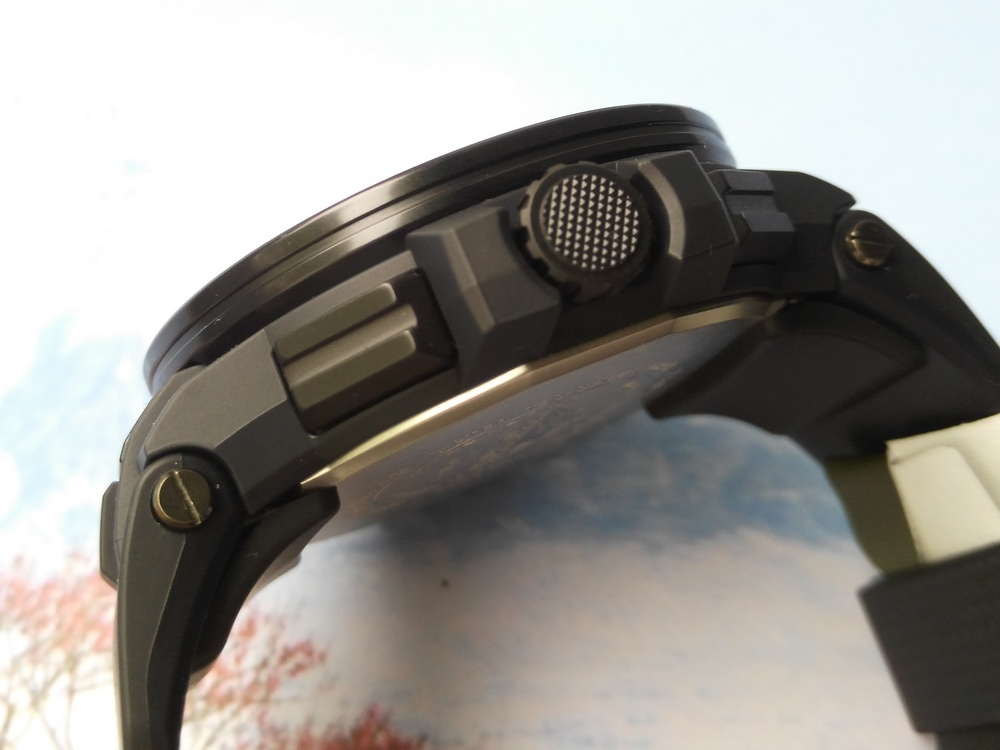 Name:  Casio Protrek PRW-7000-1AJF-06.jpg Views: 769 Size:  132.5 KB