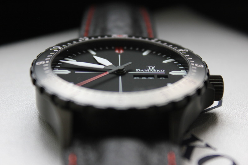 Name:  Damasko DA44 on OEM leather strap15.jpg