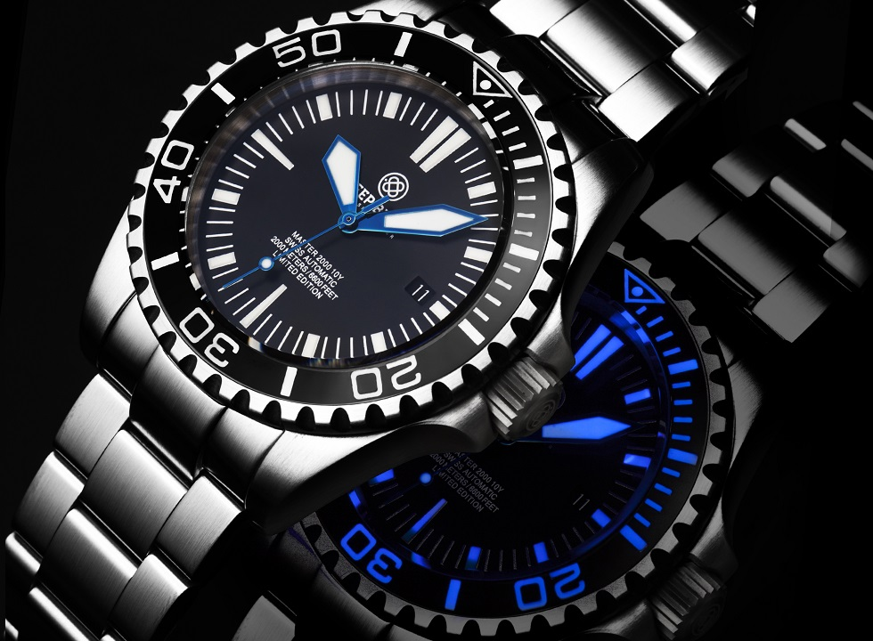 """Deep Blue 10th Anniversary """"Master 2000 Diver"""" Limited Edition"""