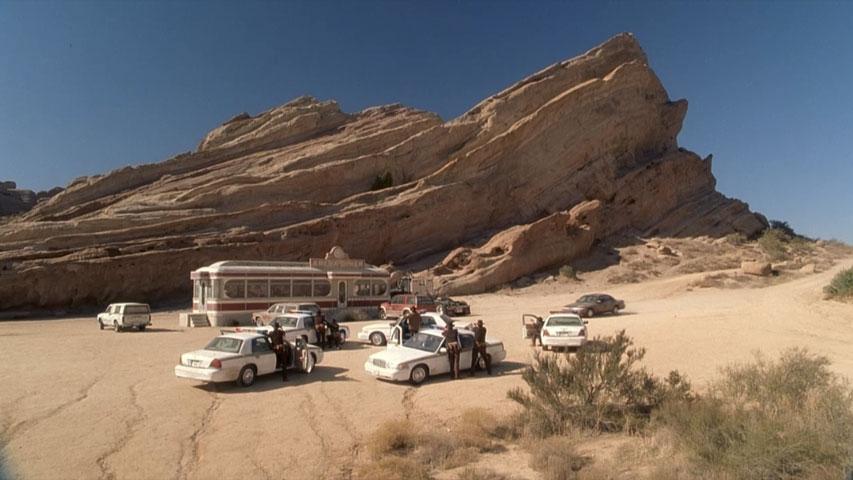 Name:  desert_diner.jpg Views: 173 Size:  74.5 KB
