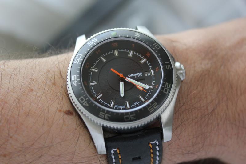 Name:  Dievas Zeta Phantom on black with white orange stitch Panatine aviator strap9.jpeg Views: 28 Size:  44.2 KB