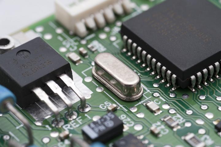 Name:  electronics.jpg Views: 57 Size:  46.3 KB