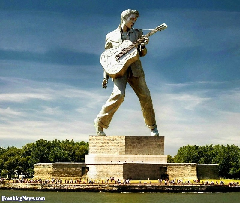 Name:  Elvis-Presley-Statue-In-Place-of-the-Statue-of-Liberty--118074.jpg Views: 206 Size:  147.9 KB