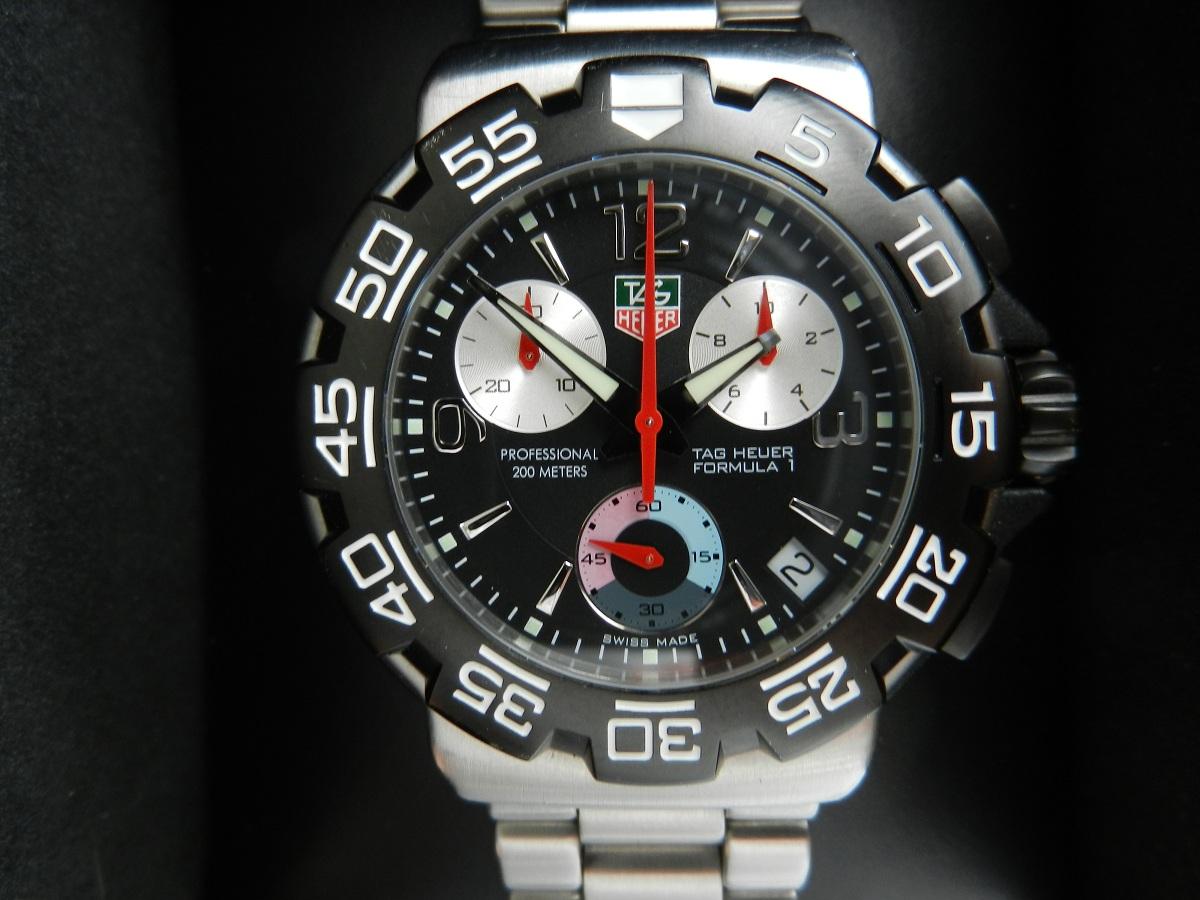 674849d1333915758-fs-tag-heuer-formula-1-f1-mens-chronograph-cac1110-f1_closeup.jpg