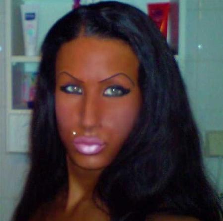 Name:  fake-tan-lips-and-eyebrows.jpg Views: 2052 Size:  100.9 KB
