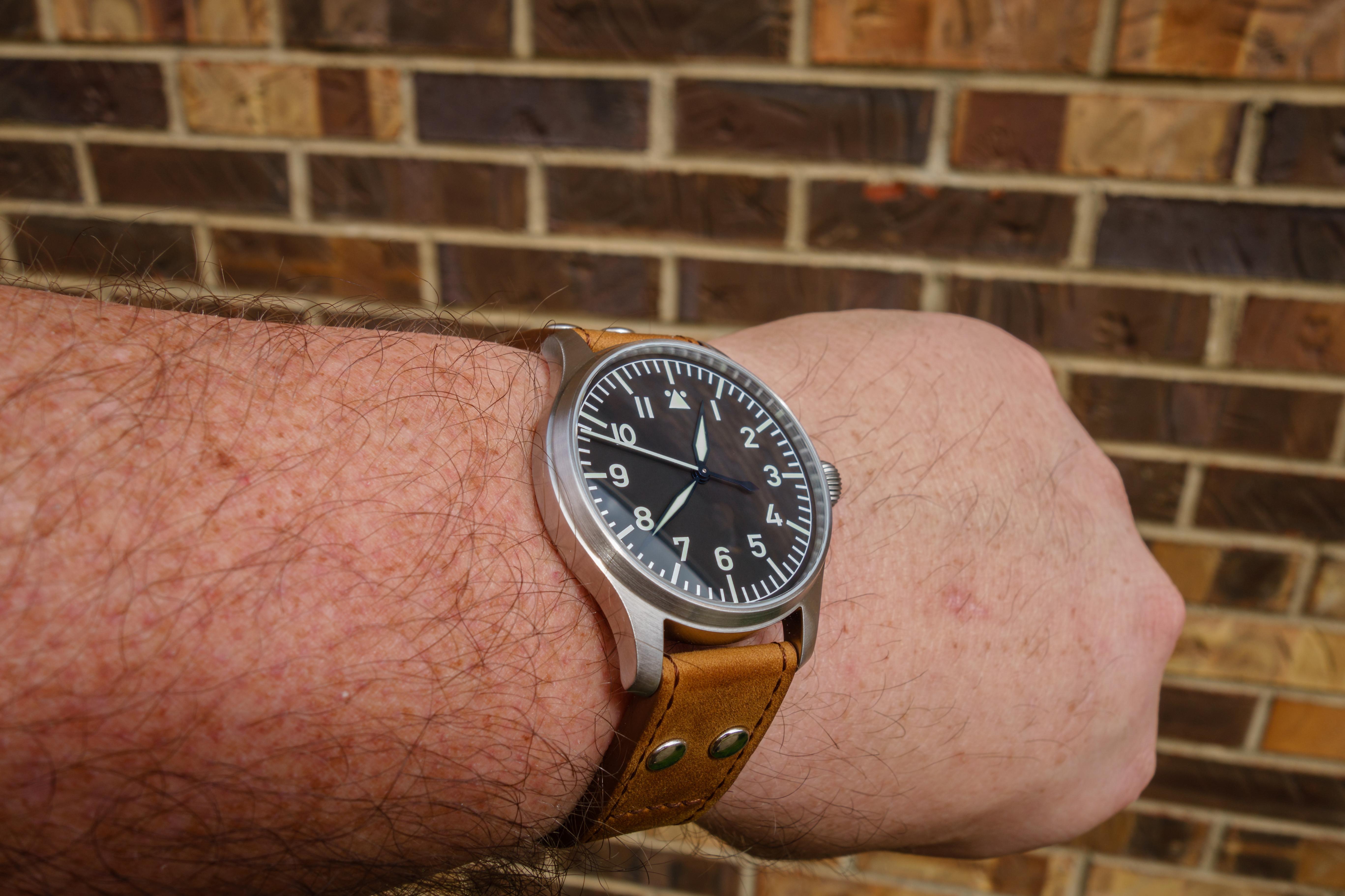 Name:  Flieger Bricks Navy Hands.jpg Views: 436 Size:  1.14 MB