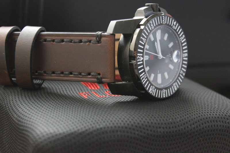 Name:  Florijn Diver on Panatime Dark Brown Vintage Tobacco Genuine Distressed Leather Watch Strap with.jpg