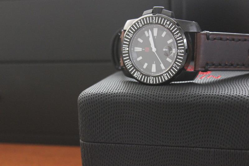 Name:  Florijn Diver on Panatime Dark Brown Vintage Tobacco Genuine Distressed Leather Watch Strap with.jpg Views: 36 Size:  93.5 KB